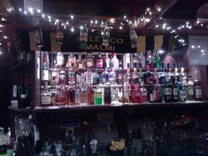 Tico-kaulaliinan voit bongata vielä tänäkin päivänä Puksun Pubin juomahyllyltä