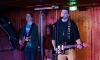 Jani Hannulan ja Janne Hampaalan muodostama F.Y.T. esiintyi Janne Vottosen 30v-juhlissa, Ravintolalaiva Wäiskissä.